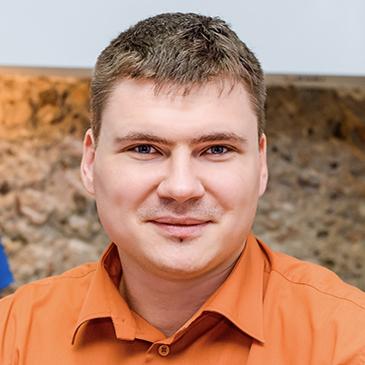 https://crm.call-centers.com.ua/wp-content/uploads/2021/03/bevzenko.jpg