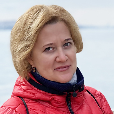 https://crm.call-centers.com.ua/wp-content/uploads/2021/05/komarovskaya.jpg